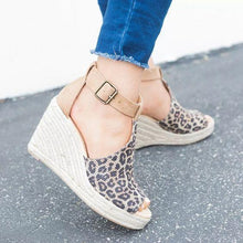 Load image into Gallery viewer, Fashion versatile leopard wedge sandals