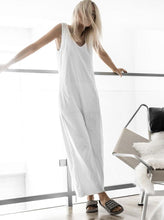 Load image into Gallery viewer, Fashion Round Neck   Pure Colour Sleeveless Jumpsuit