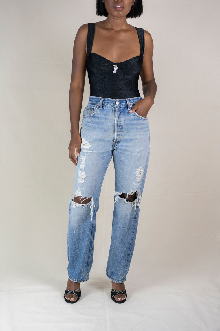 Levi 501 Distressed Jeans (S)