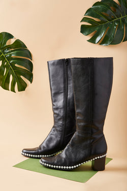 Pearl Line Boot (Size 8)