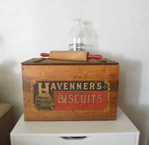 Havenner's Celebrated Biscuits Established 1815 Washington, D.C. Wood Crate