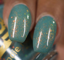 "Bee's Knees Lacquer ""Big Chill"" *PRE-ORDER*"