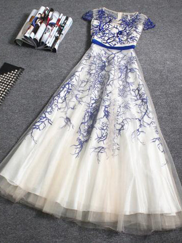 A-line round short sleeves embroidered fashion week dress for prom