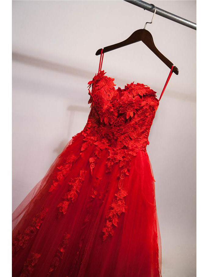 Ball gown sweetheart appliqued red hot sale prom dress