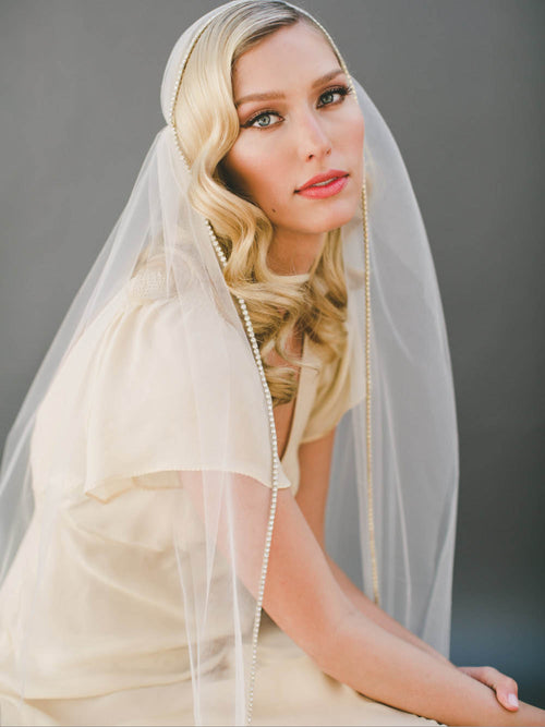 Beaded edge retro knee length cap bridal veil