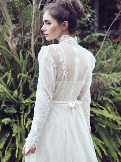 High collar retro royal style long sleeves wedding dress