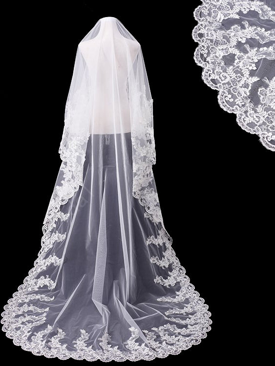 One tier 3 meters bridal veil with lace applique edge Va028
