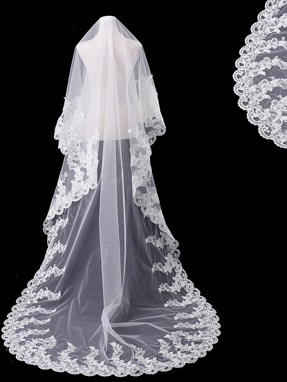One tier 3 meters bridal veil with lace applique edge Va029