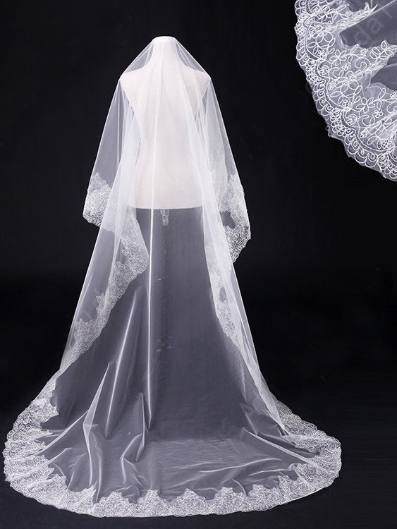One tier 3 meters wedding veil with lace applique edge Va021