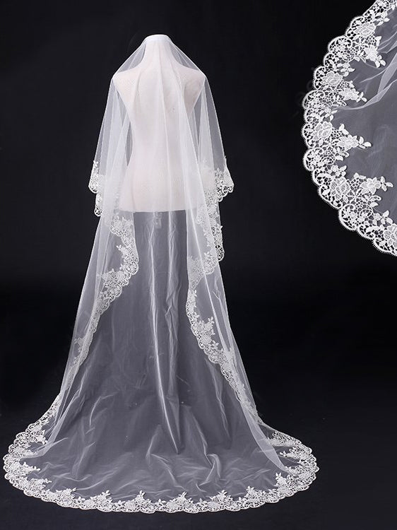 One tier 3 meters wedding veil with lace applique edge Va022