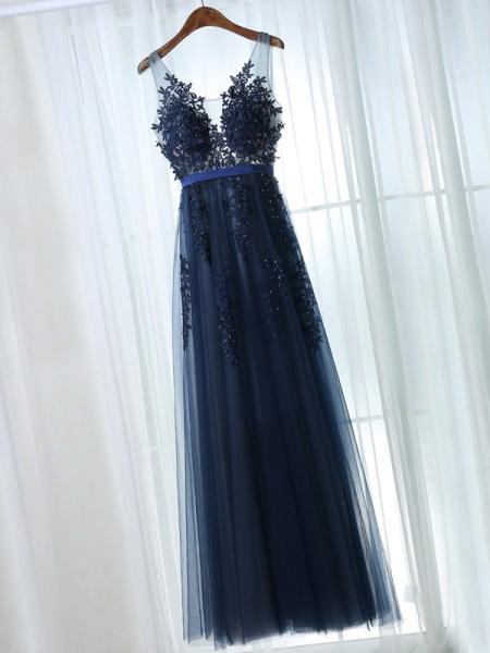 Scoop sleeveless a-line blue prom dress with applique