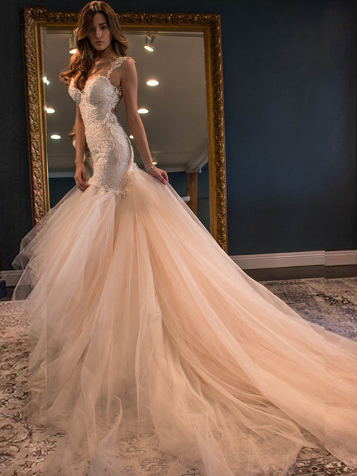 Sheath straps appliqued sexy wedding dress with chapel train