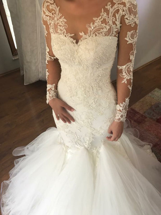 Sheath v-neck long sleeves appliqued tulle wedding gown