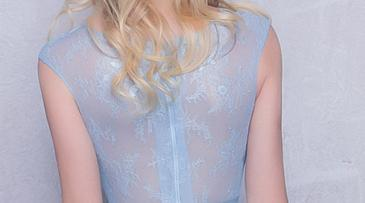 Sheer a-line lace sky blue girl prom dress with applique