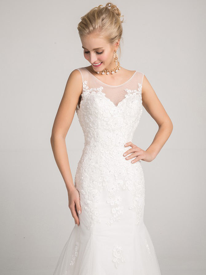 Mermaid bateau sleeveless appliqued backless wedding dress
