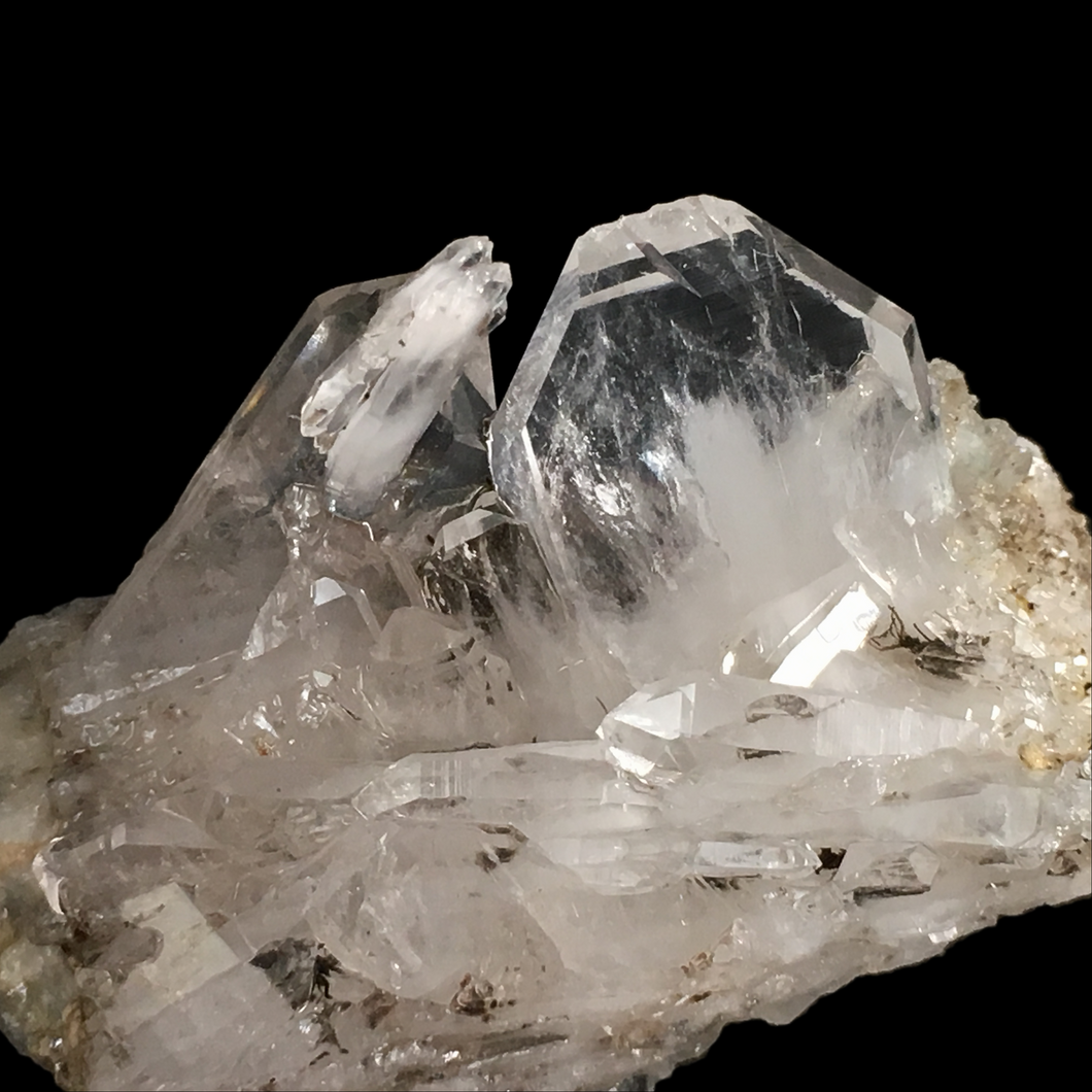Quartz (faden); Berrien, France - Alexandria Mineral Shop