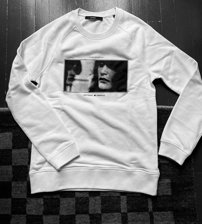 PAWN | WHITE SWEATSHIRT