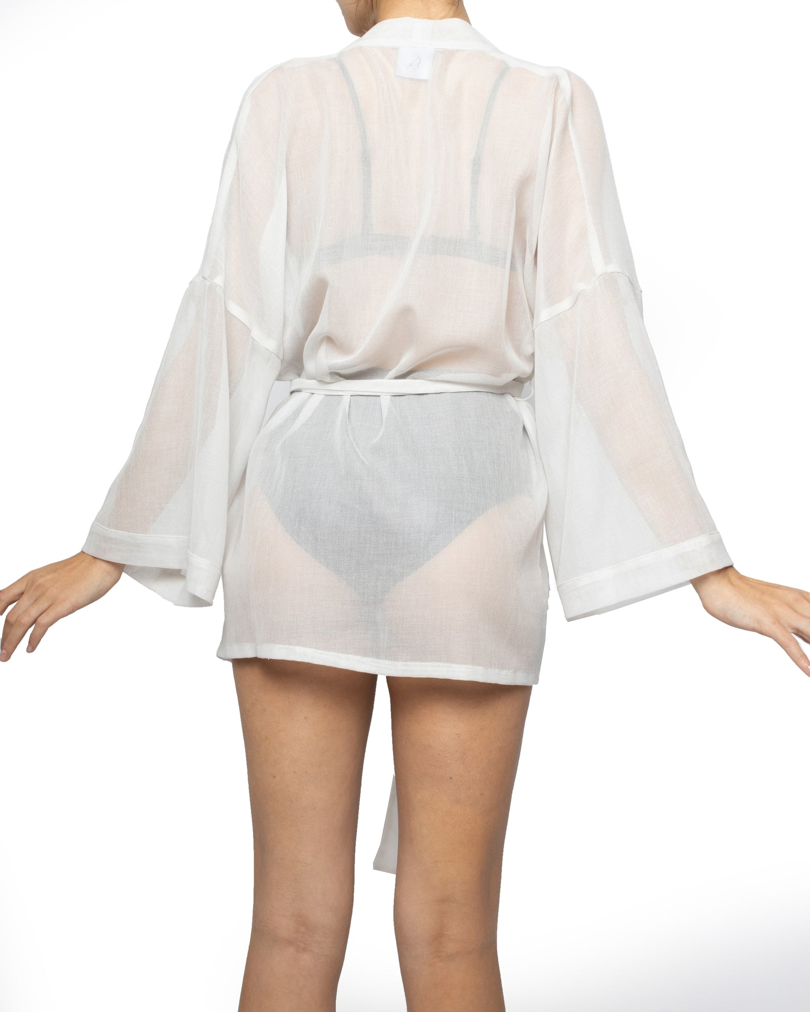 THE SHORT SWALLOW ROBE