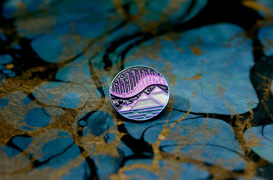 Aurora Borealis Pin (Seconds)