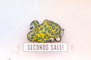 Blue Ringed Octopus Color Changing Enamel Pin (Seconds)