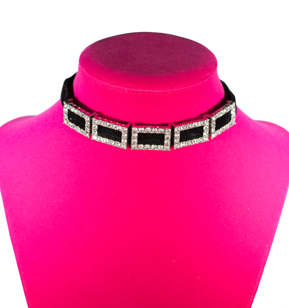 Sky Box Choker - filthy-rich-vision