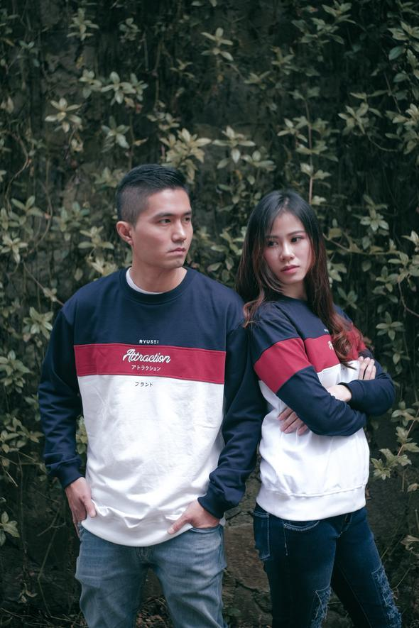 [ COUPLE EDITION ] SWEATER ATTRACTION CMB WHITE - SATU SET