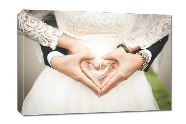 Single canvas prints for weddings. Capture a moment forever | photoWOW
