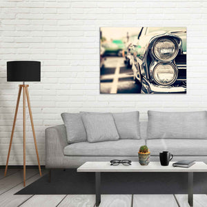 A rectangular canvas of a larger size which makes it ideal for larger walls and spaces. It's easy to turn your walls into art.
