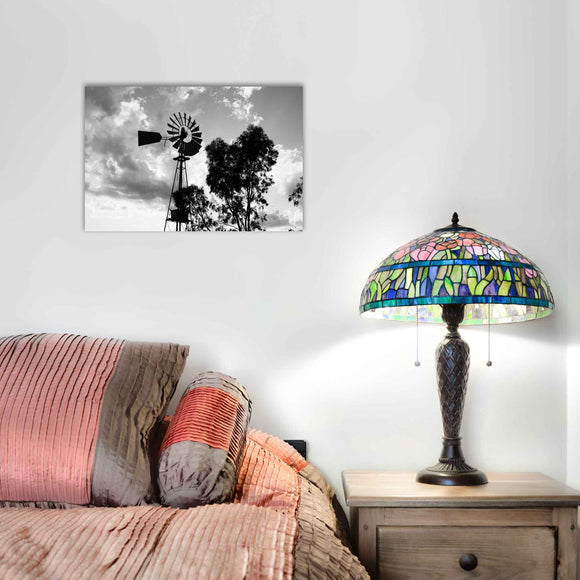 A rectangular canvas that is the perfect size for smaller areas like walls, shelves and mantles. Great for portraits, group photos and landscapes.