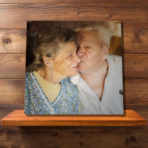 Square canvases give you a window to memories that shouldn't be forgotten. Smaller canvases are ideal to be placed on shelving or desks.