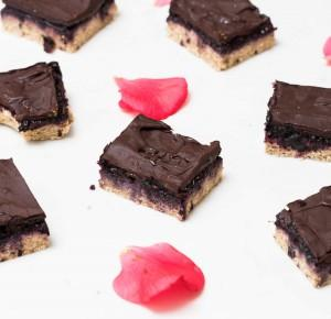 Chocolate Cherry Shortbread Bars
