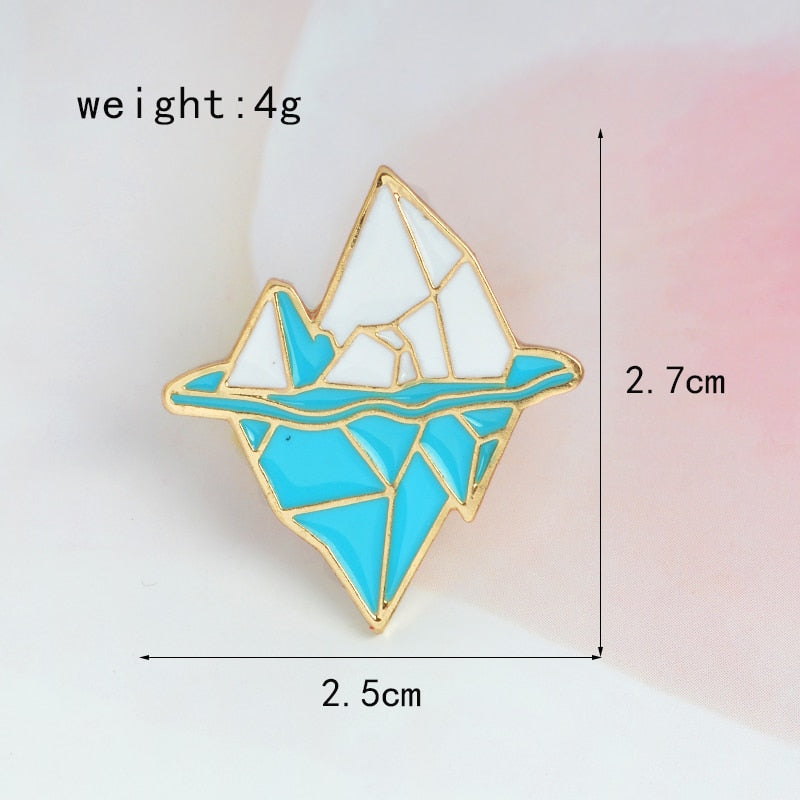 Cartoon Antarctic iceberg Brooch Metal Enamel Blue White Snow Mountain Pin Button Jacket Backpack Pin Icon Badge Jewelry Gift