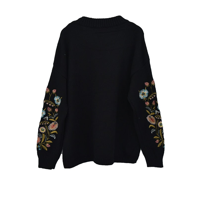 LANMREM 2018 Round Collar Flowers Embroidery Top Loose Korean AutumnAutumn Long Sleeve Woman's New Fashion Sweater FA50001