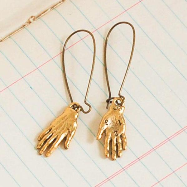Bijoux Vintage Style Dangly Hands Earrings - 2 Colors