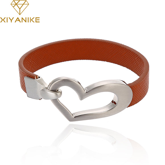FASHION HEART SHAPED BUCKLE BRACELET - 3 COLOUR CHOICE - 1PC