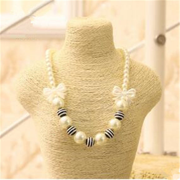 STRIPED SIMULATED PEARL CHOKER