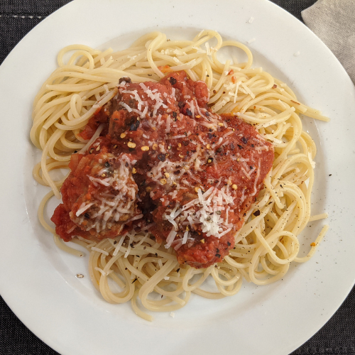 Meatballs with Tomato Sauce (Serves 2)