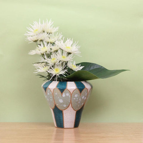 Stoneware Vase with Tulip Pattern