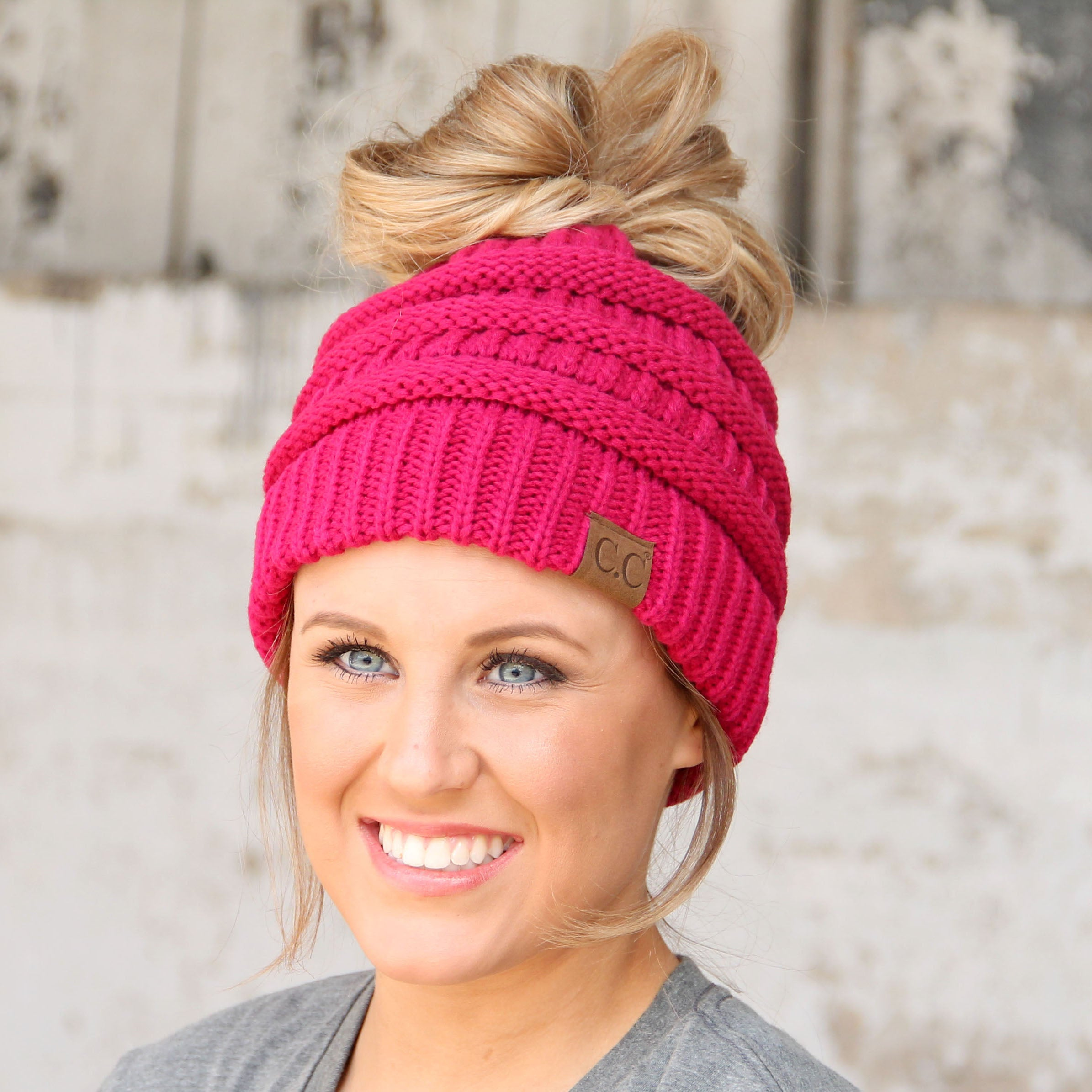 MB-20A BEANIE HOT PINK