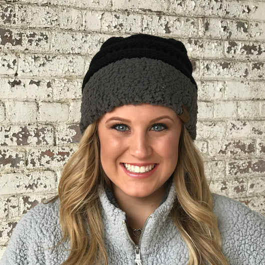 HAT-88 SHERPA BEANIE BLACK/GRAY CUFF