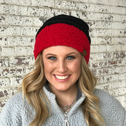 HAT-88 SHERPA BEANIE BLACK/RED CUFF