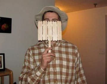 man dressed up as wilson from Home IMprovement