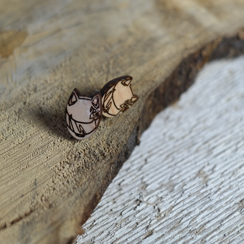 maple laser engraved celty helmet earrings