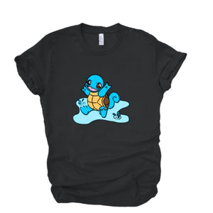 Squirtle is splashing in his puddle in this graphic tee