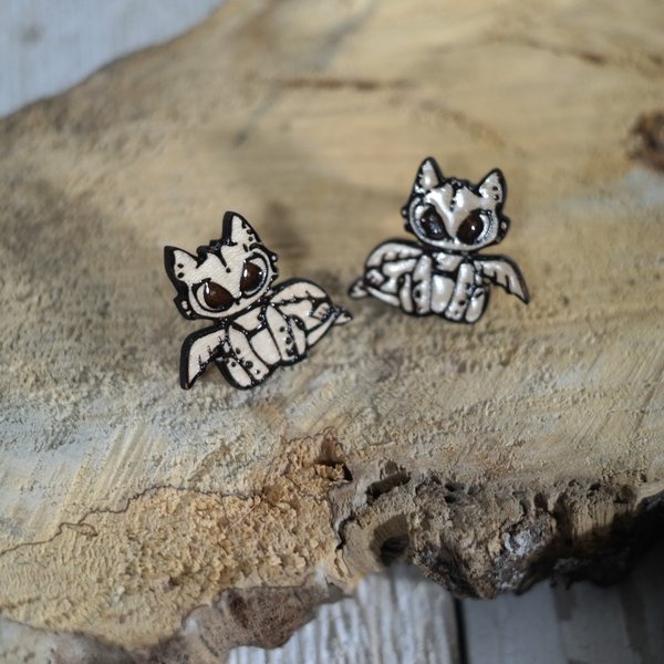 maple wood toothless laser engraved stud earrings
