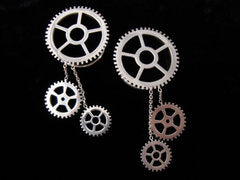 Silver Gear Eyelets With Dangles - Shiny