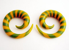 Glass Spirals Green And Yellow Striped