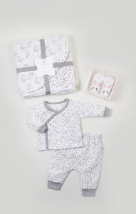 Cozy Cuddle Gift Bundle for Girls
