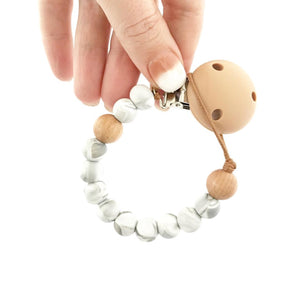 MINI BASICS dummy clip | soother holder