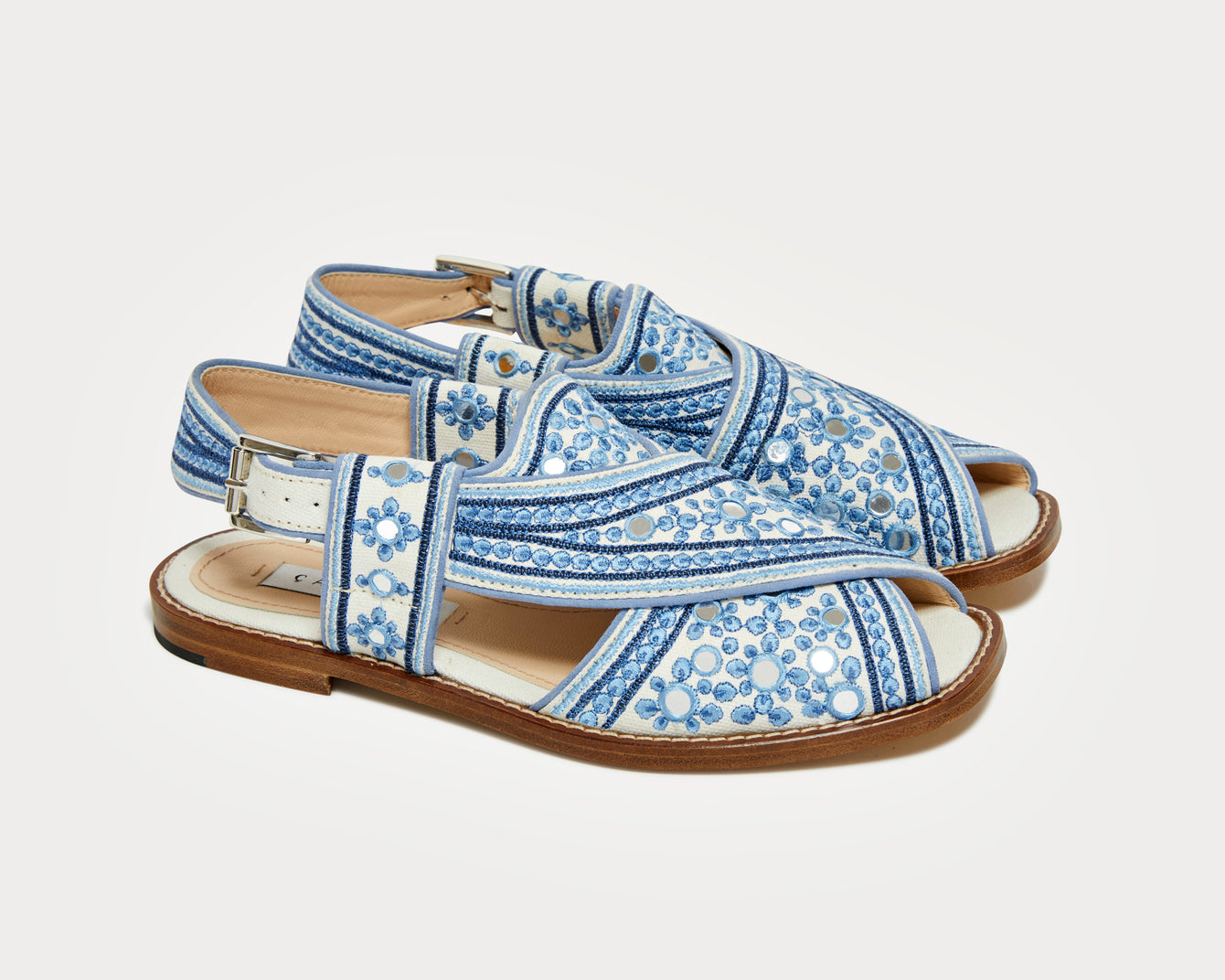 The Balochi – Blue/White